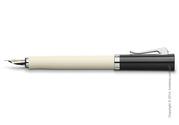 Практичная перьевая ручка Graf von Faber-Castell серия Intuition