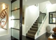 Стеклянное ограждение лестниц. Ограждение лестниц из стекла