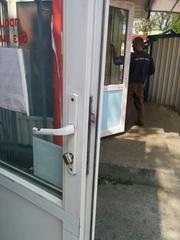 Качественный ремонт окон киев,  ремонт дверей киев,  ремонт металлопласт